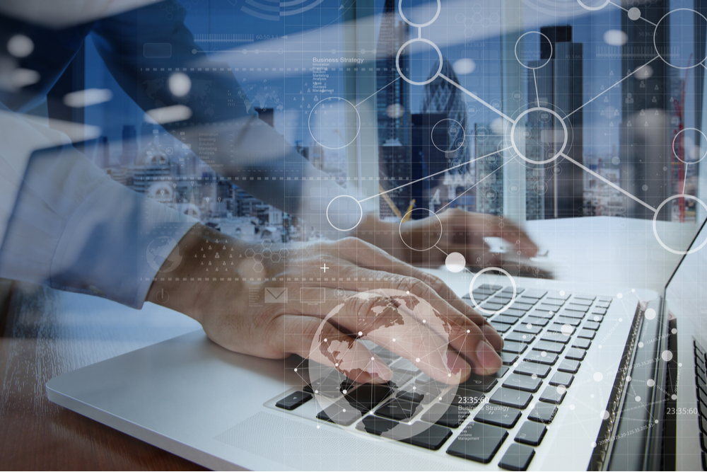 EDI Dienstleister spielen die Rolle eines technischen Vermittlers von Daten. Sie sorgen dafür, dass die auszutauschenden Informationen aus den Systemen des einen Unternehmens in ein EDI Standardformat umgesetzt werden.