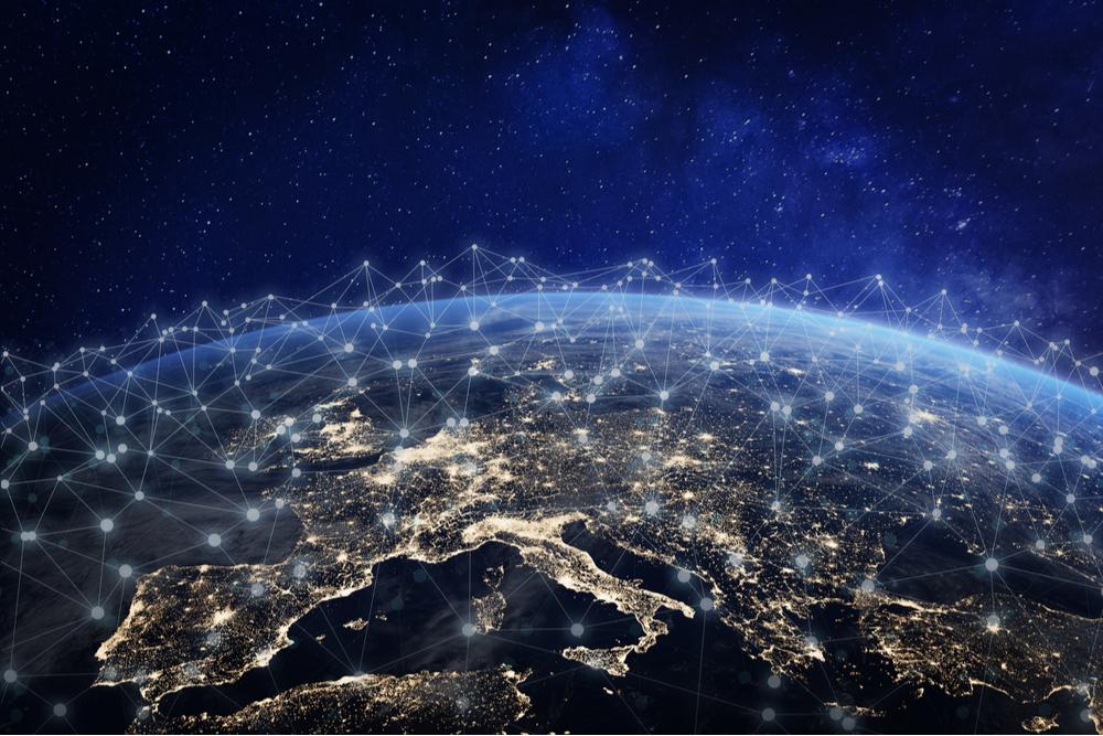 EDI steht für Electronic Data Interchange und beschreibt den Austausch von elektronischen Daten in Standard-Formaten